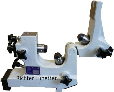 Closed Grinding Steady Rest with hinged upper section, made by H. Richter Vorrichtungsbau GmbH, Germany