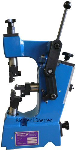 Drake TE-LM Grinder - Closed Grinding Steady Rest with Removable Top, made by H. Richter Vorrichtungsbau GmbH, Germany