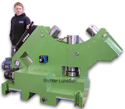 Sliding Steady Rest with pressurised oil lubrication, made by H. Richter Vorrichtungsbau GmbH, Germany