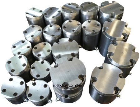Babbit bearing with pressure oil, made by H. Richter Vorrichtungsbau GmbH, Germany